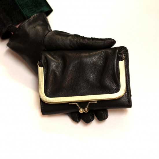 Evanna Small Clip Wallet Black Leather