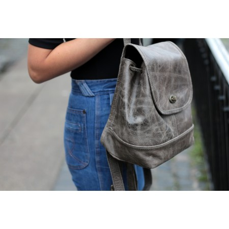 Barcelona Small Rucksack Charcoal Greyish olive Leather