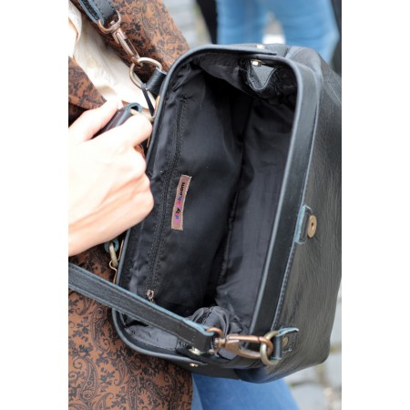 Doctor Bag Small Black Leather  with back pocket