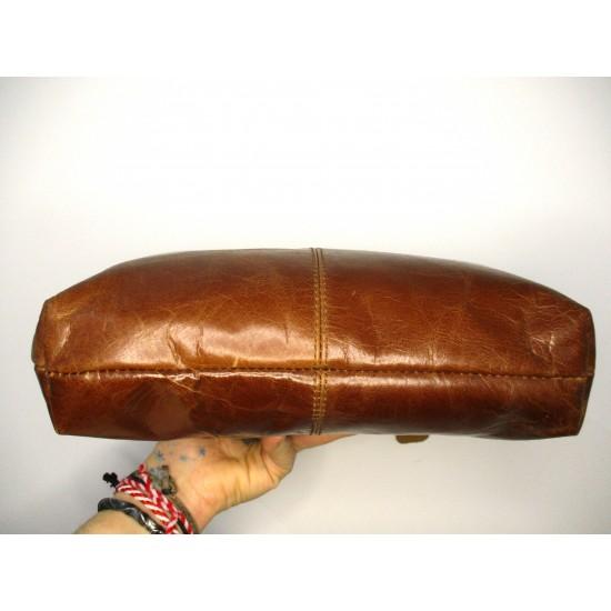 Athina Tan Kiss Clasp Handbag Crossbody