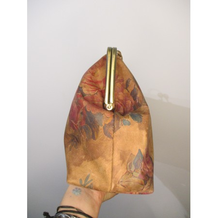 Doris Claspframe Handbag Dark Floralprint Long Strap