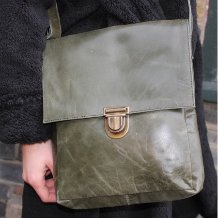 Envelope Medium Pushthrough Bag Olive Green Leather