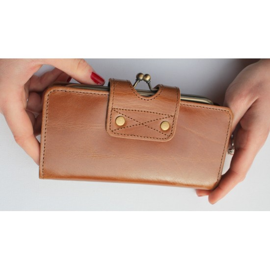 Evanna Large Clip Wallet Tan Smooth Leather