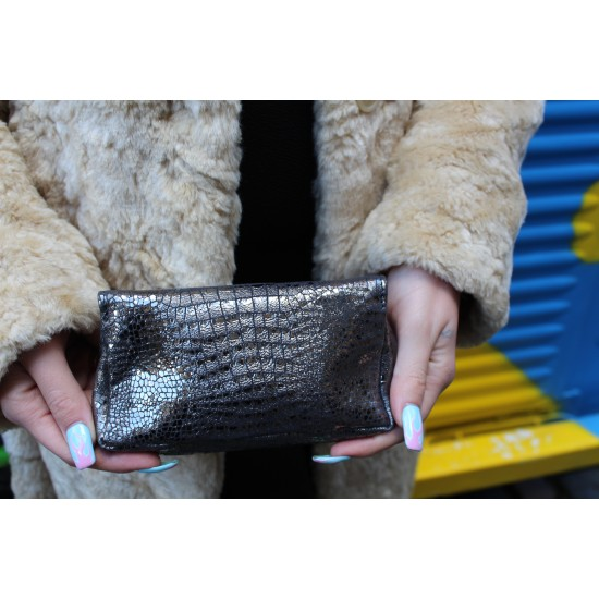 Francesca Pouch with Zip Silver Snakeprint Leather