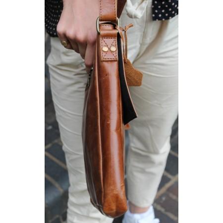 Envelope Medium Twister Bag Tan Leather