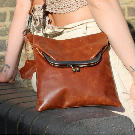 Dublin clip mini bag tan