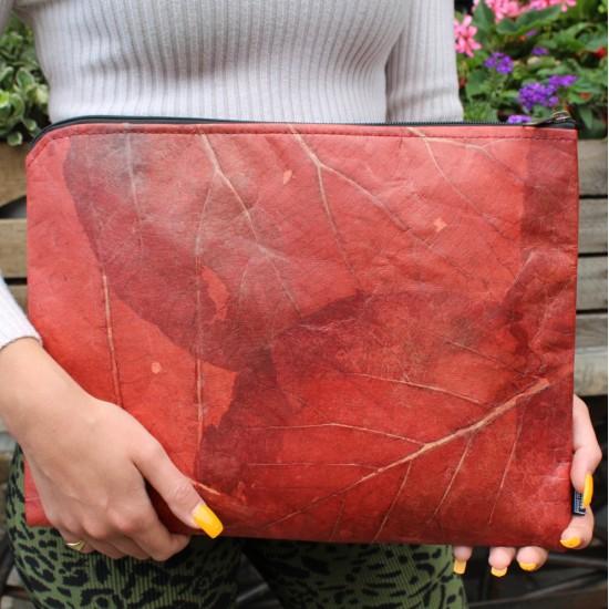 Large Teakleaf Laptop Cover Red