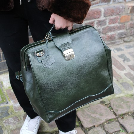 Doctor Convertible Rucksack Dark Green Shiny Leather