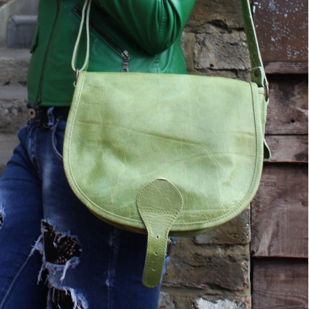 Isabelle Saddle Bag Apple Green Medium