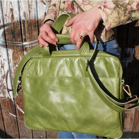 Berlin Laptop Bag Briefcase Apple Green Leather