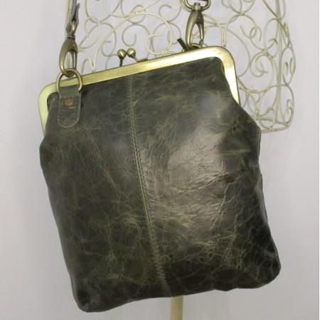Malaga Small Clipframe Bag Olive