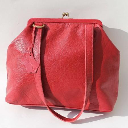 Maya Medium Red Leather Clip Bag