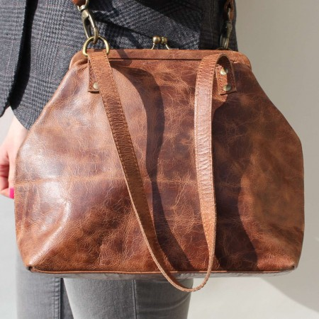 Maya Medium Clip Bag Dark Tan