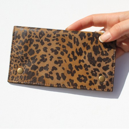 Rainy Sunday Leopardprint Pouch Purse