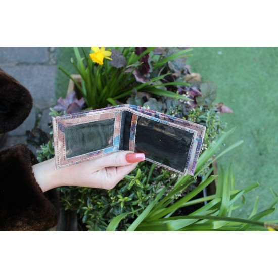 Tiny Wallet Floralprint Embossed