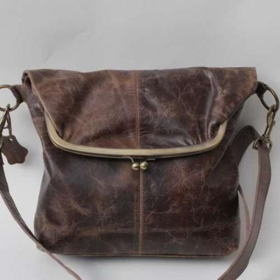 Dublin Large Framed Brown Scrunchy Leather