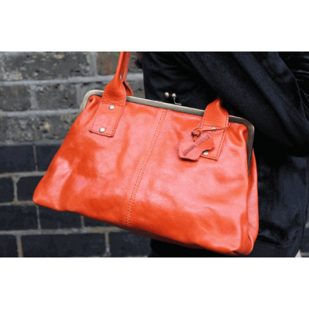 Doris Shoulder Bag Clipframe Orange Leather