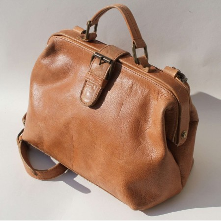 Doctor Bag Small Light Tan Leather